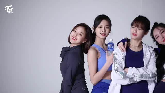 Watch Twice GIF by Blueones (@blueones) on Gfycat. Discover more jeongyeon, jihyo, kpop, nayeon, twice, tzuyu GIFs on Gfycat