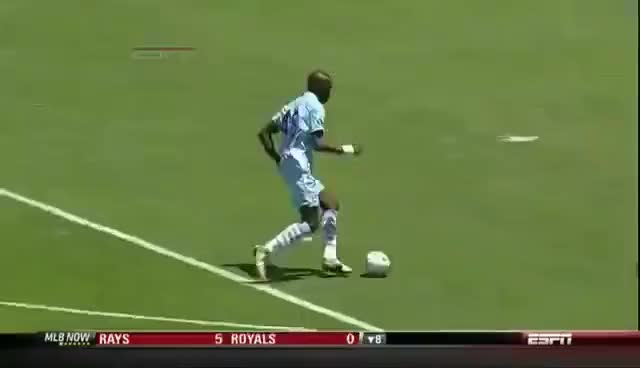 Watch and share Mario Balotelli Spin Move GIFs on Gfycat