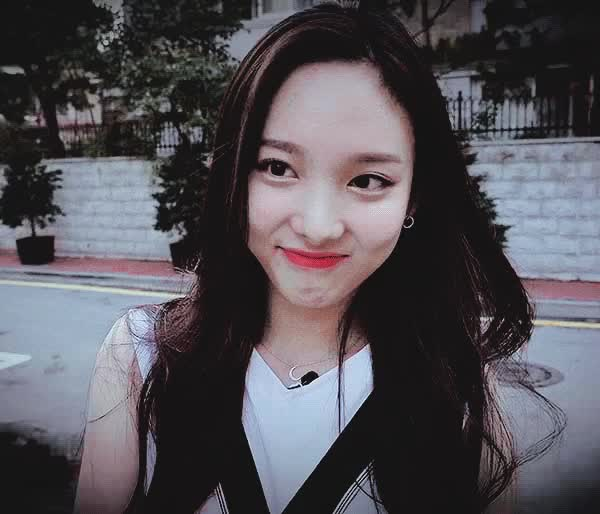 Watch and share Celebs GIFs and Nayeon GIFs by Jhinius_Twice on Gfycat