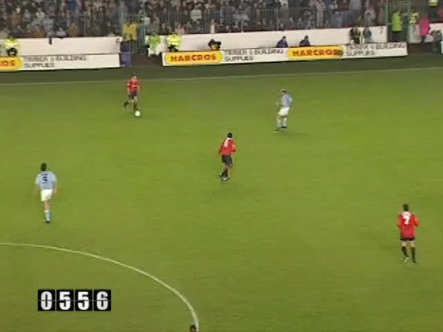 Watch and share 1993-94 47 Keane GIFs by mu_goals on Gfycat