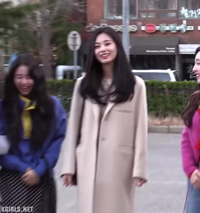 Watch chaeyoung-tzuyu-twice-4-www.kgirls.net GIF by KGIRLS (@golbanstorage) on Gfycat. Discover more related GIFs on Gfycat