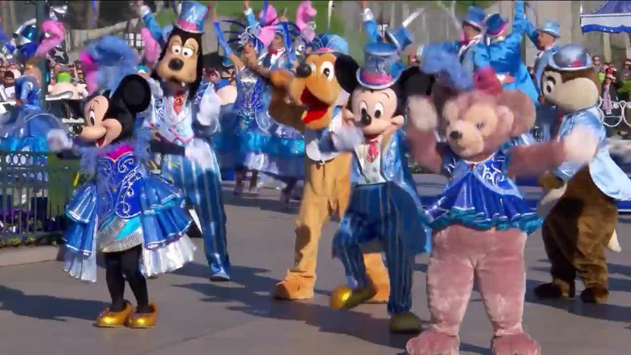 Disneyland Paris Joyeux Anniversaire Mickey Happy Birthday