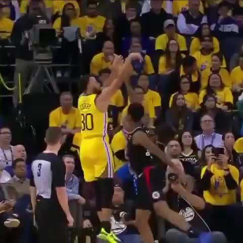 """clippers, golden state warriors, los angeles clippers, steph curry, stephen curry, warriors, SLAM - I'M A BAD BOY."""" Steph's feeling it. (via @nbaontnt) GIFs"""