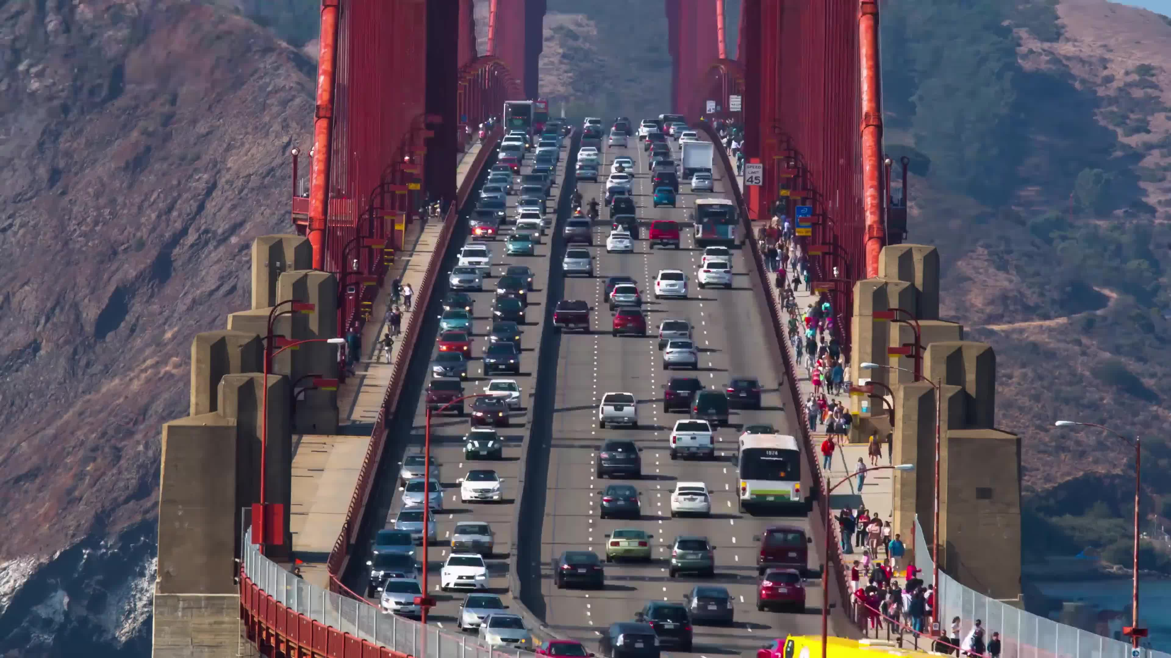 SalazarRED, Lane optimization in the Golden Gate Bridge GIFs