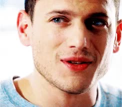 Watch michael scofield GIF on Gfycat. Discover more wentworth miller GIFs on Gfycat