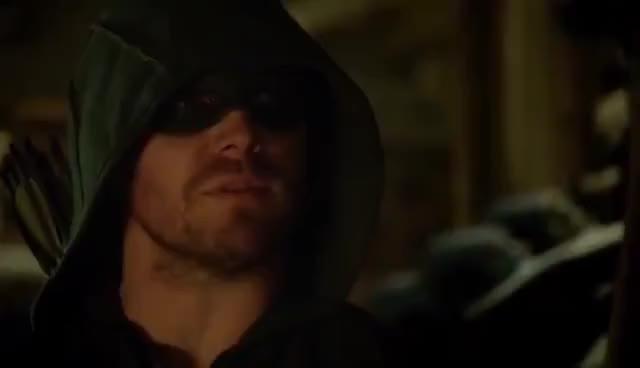 Arrow Felicity Cures Slade