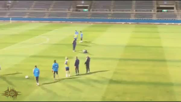 Watch and share Trick-shot Lionel Messi GIFs by Эстетика Футбола on Gfycat