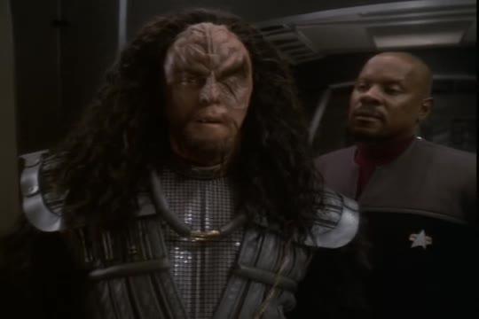 Avery Brooks, Benjamin Sisko, DS9, Deep Space Nine, General Martok, Martok, Reaction, Star Trek, Star Trek Deep Space Nine, General Martok Reaction GIFs