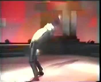Watch and share Claquage Du Siècle Pour Un Danseur GIFs on Gfycat