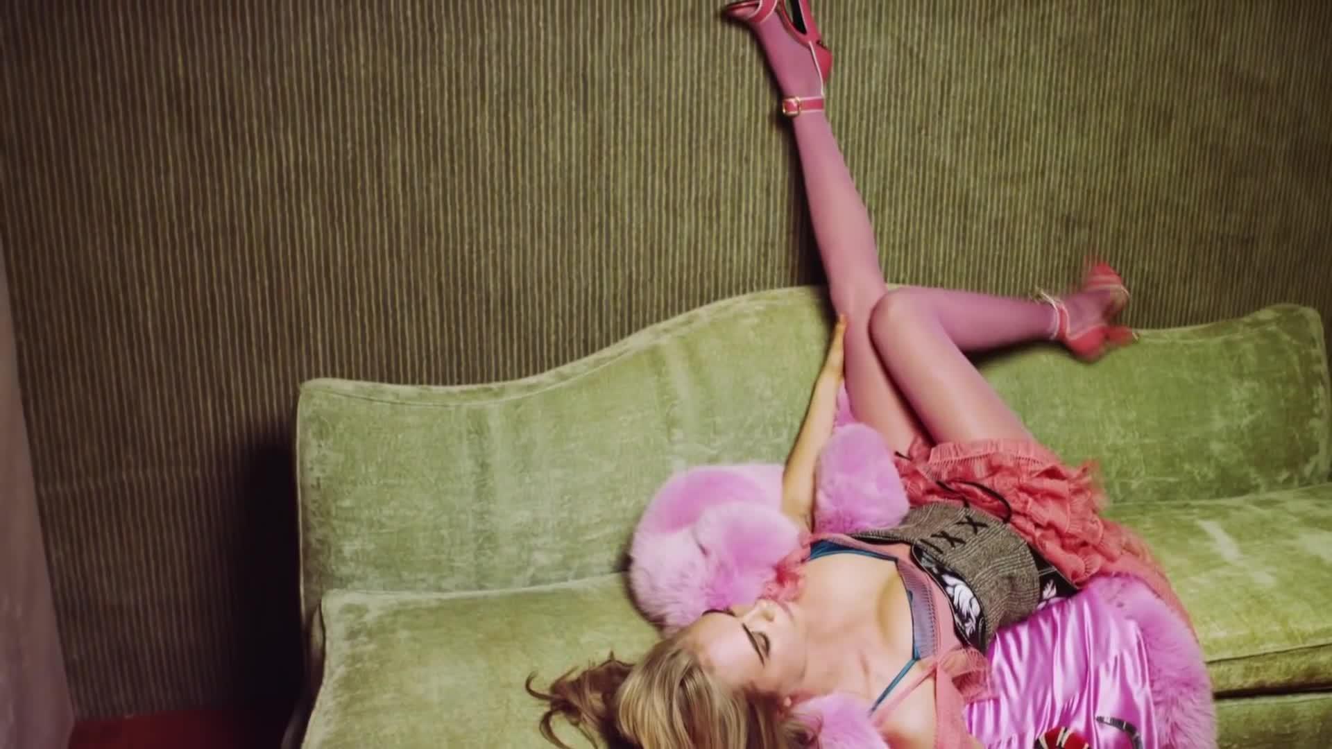 cara delevingne, celebs, jesstube, model, people & blogs, Cara Delevingne: The Cool 'It Girl' GIFs