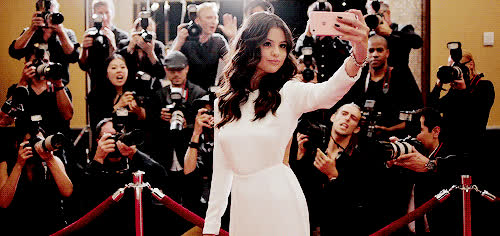 celebs, national selfie day, selena gomez, selfie, thank you, thanks, Selena Gomez - Thanks GIFs