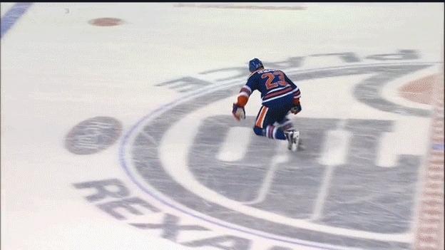 edmontonoilers, hockey, SHG - PS - Matt Hendricks (1) Wrist shot - ASST: NONE GIFs