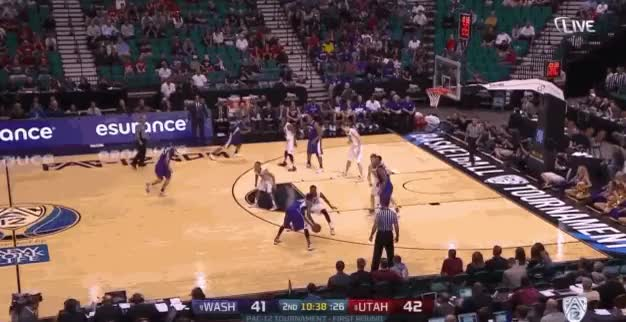 Watch and share Wilcox Layup GIFs by kellymelvina on Gfycat