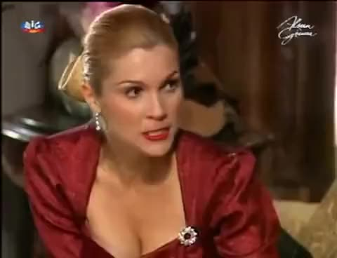 Watch and share Alma Gêmea - A Morte De Débora - SIC GIFs on Gfycat