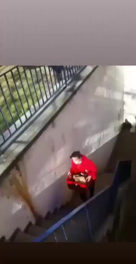 escadas GIFs