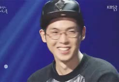 Watch He looks like one from manga character (aka Minions) - Soyou GIF on Gfycat. Discover more HAHAHAHAHAH SOYOU, HE IS FRICK 85, LINER BUT STILL THIS QT, MINIONS, gif, mad clown, madclown, sistar, soyou, starshipX, stupid in love, yoo hee yeol's sketchbook GIFs on Gfycat