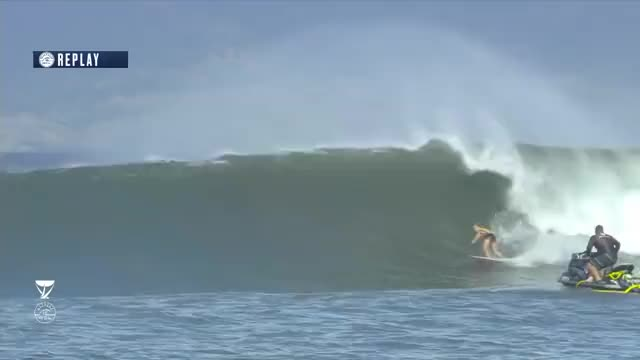 Watch and share Steph GIFs by World Surf League on Gfycat