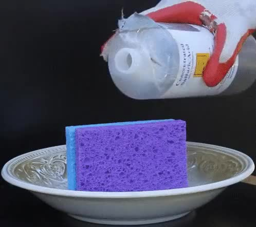 Watch Kitchen sponge and sulfuric acid (reddit) GIF by @arbili on Gfycat. Discover more chemicalreactiongifs GIFs on Gfycat