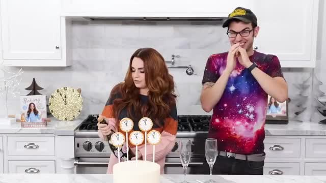 Watch champagne GIF on Gfycat. Discover more ASMR, Recipe, Satisfying, Tips, Yummy, alergies, alternative, collab, cookbook, cooking, decorate, decorating, food, guest, hacks, healthy, kitchen, piping, queen, react GIFs on Gfycat