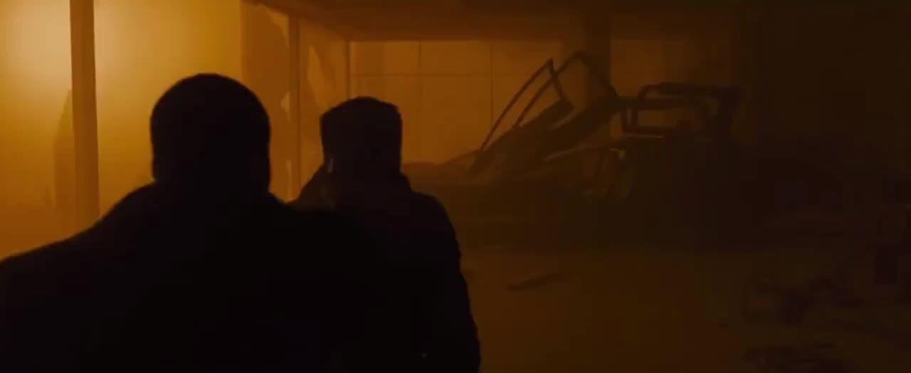 blade runner 2049, fight, ryan gosling, shooting, Blade Runner 2049 Escape Fight GIFs