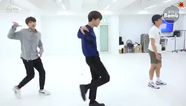 Watch and share [BANGTAN BOMB] 613 BTS HOME PARTY Practice - Unit Stage '삼줴이(3J)' GIFs on Gfycat