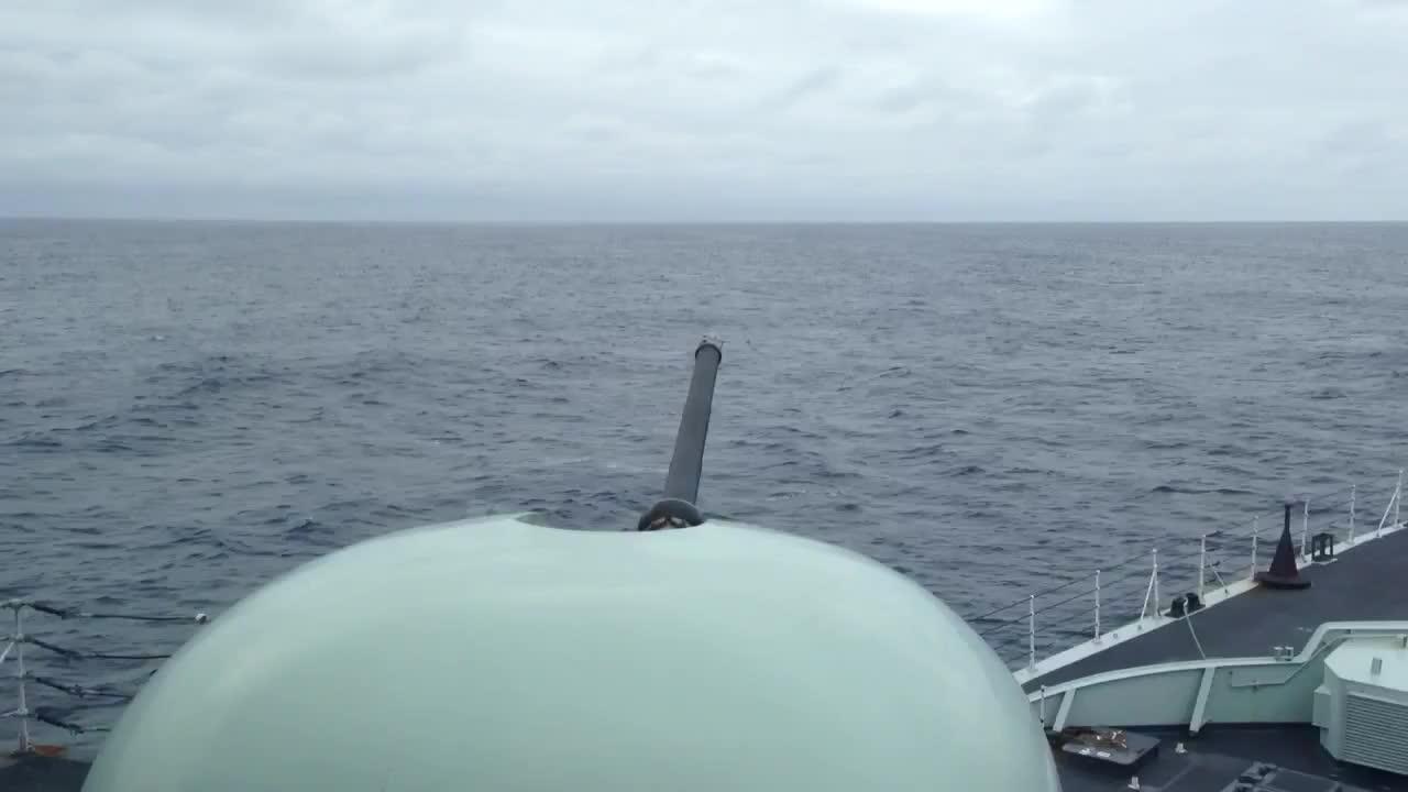 gun, naval, warshipgfys, 76mm gun firing on Canadian naval ship Iroquois GIFs