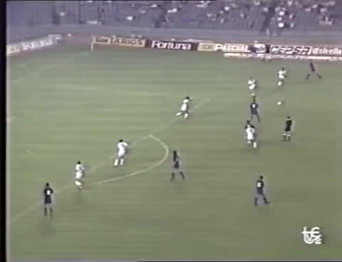 Watch and share Barcelona - Trabzonspor (Gol De Koeman) Recopa 1990-91 GIFs on Gfycat