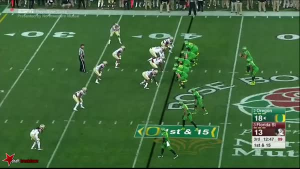 Watch Scramble Throw Left GIF by @danielrmcm on Gfycat. Discover more related GIFs on Gfycat