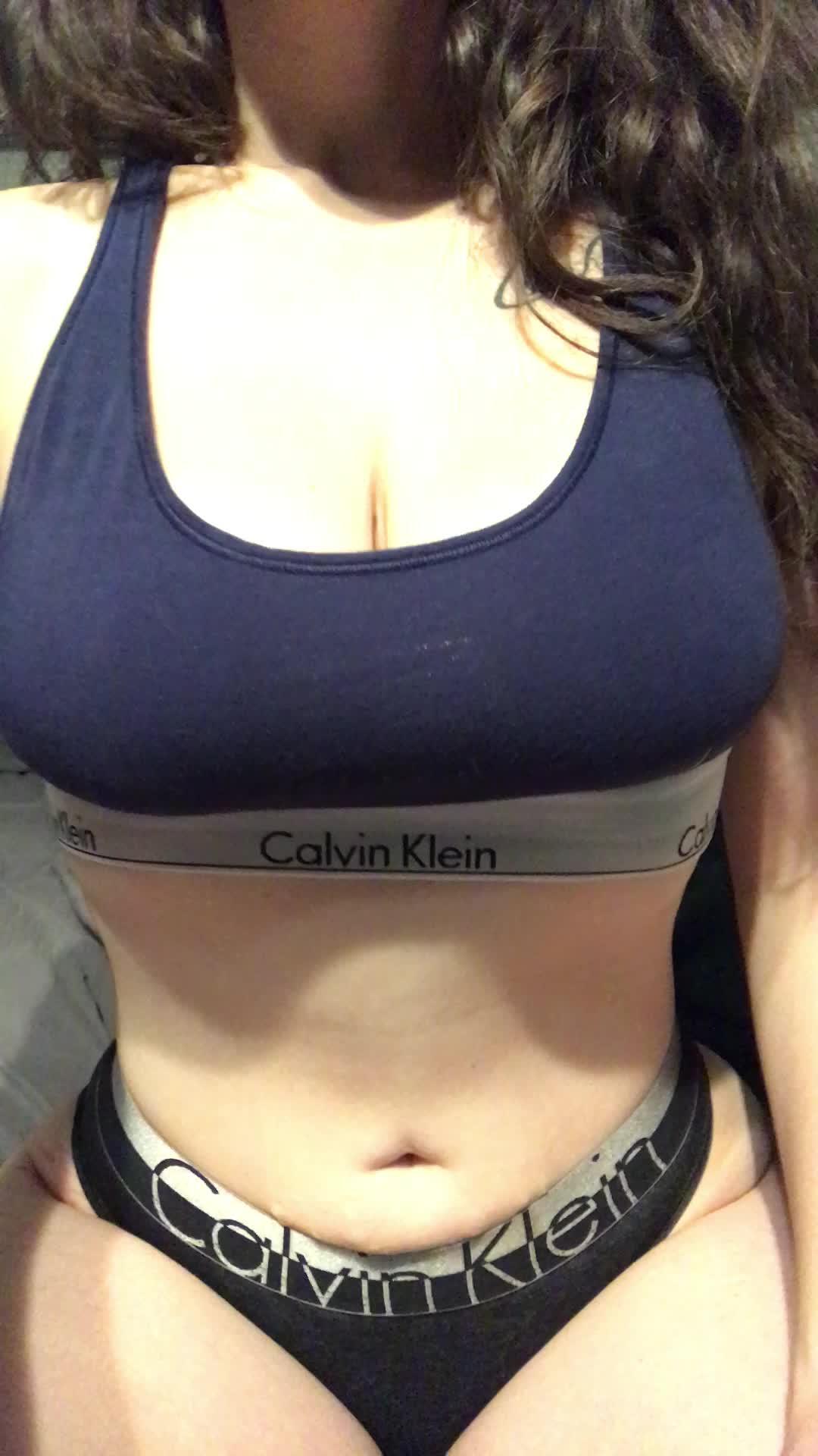I'm a little drunk, so here's a gif of my boobs ;)