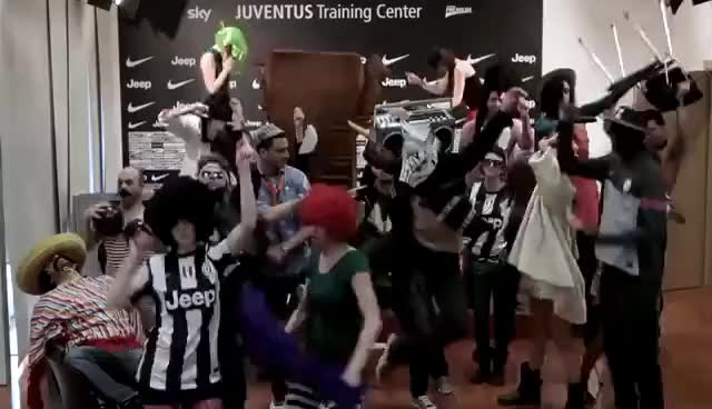 Watch this trending GIF on Gfycat. Discover more Harlem Shake, Juventus GIFs on Gfycat