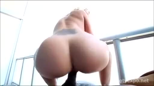 PAWG riding a BBC