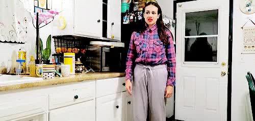 Watch How to Nae Nae GIF on Gfycat. Discover more Colleen Ballinger, PsychoSoprano, gif, miranda sings, mirandasings08, nae nae, omg its funnier when its faster lmaoooo GIFs on Gfycat