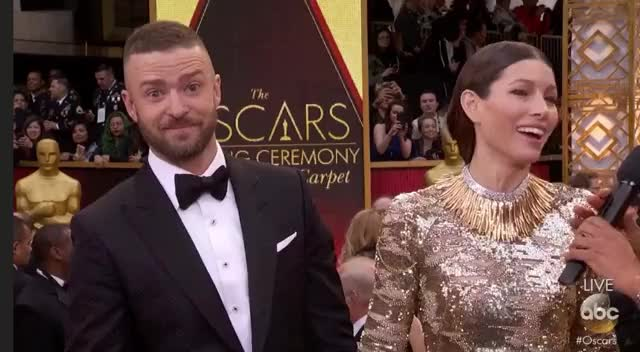 Watch this celebs GIF by Vera Yuan (@verbear) on Gfycat. Discover more justin timberlake, oscars, oscars2017, redcarpet GIFs on Gfycat