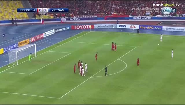 Watch and share Soccer GIFs by Phong Mieu Nguyen on Gfycat