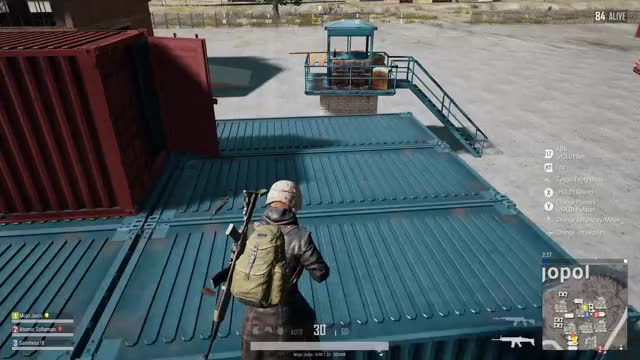 Watch Guns falling through crates. GIF by Xbox DVR (@xboxdvr) on Gfycat. Discover more Mojo Jorjo, PLAYERUNKNOWNSBATTLEGROUNDS, xbox, xbox dvr, xbox one GIFs on Gfycat