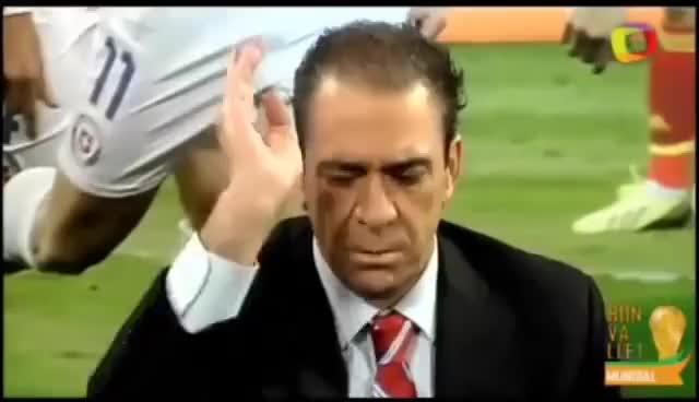 Watch and share Bonvallet Destroza A Argentina Compilado Especial Momentos De Culto Mundialero (3era T. Parte 7) GIFs on Gfycat