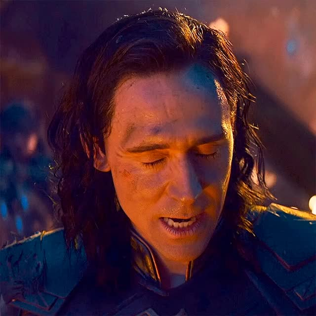 Watch and share Tom Hiddleston GIFs and Infinity War GIFs by @maryxglz on Gfycat