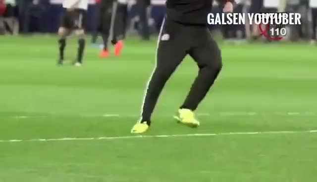 Top 30 Eden Hazard Hot Sexy Bulge Football Soccer Gifs Find The Best Gif On Gfycat