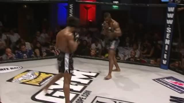 Watch Bofando vs Lewis finish GIF on Gfycat. Discover more mma GIFs on Gfycat