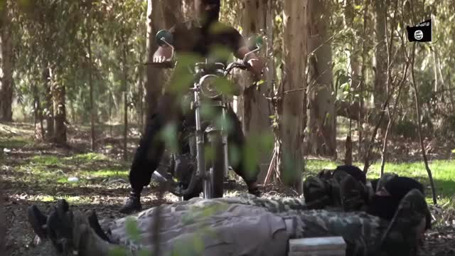 ISIS recruits training their abs (reddit) GIF | Find, Make & Share