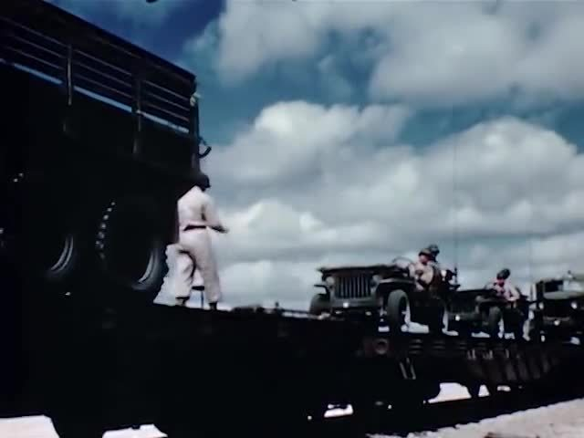militarygfys, M10's loading for shipment GIFs