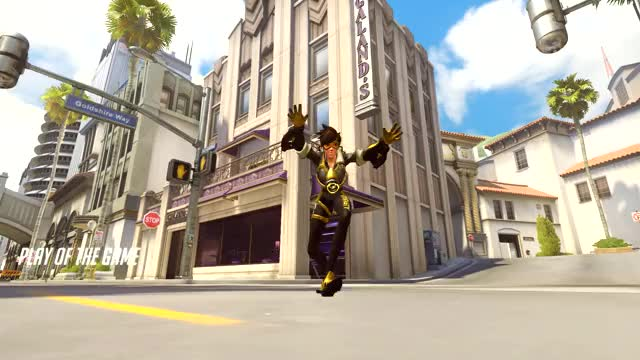 Watch and share Tracer!!!!! 18-01-20 21-45-20 GIFs on Gfycat