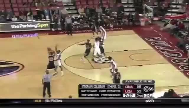 Watch and share Caldwell-pope Steal GIFs on Gfycat