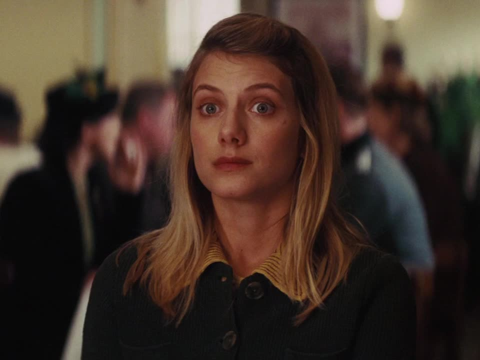 awkward, celebs, inglourious basterds, melanie laurent, mélanie laurent, shoshanna, side glance, uncomfortable, Inglourious Basterds - Smiling in an uncomfortable situation GIFs