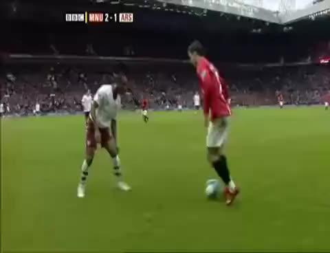 Watch Ronaldo Tricks GIF on Gfycat. Discover more Ronaldo GIFs on Gfycat