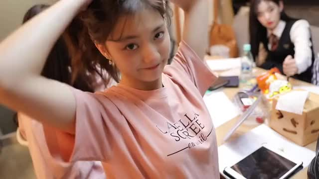 Watch and share Behind The Scenes GIFs and Lee Nakyung GIFs by coisher on Gfycat