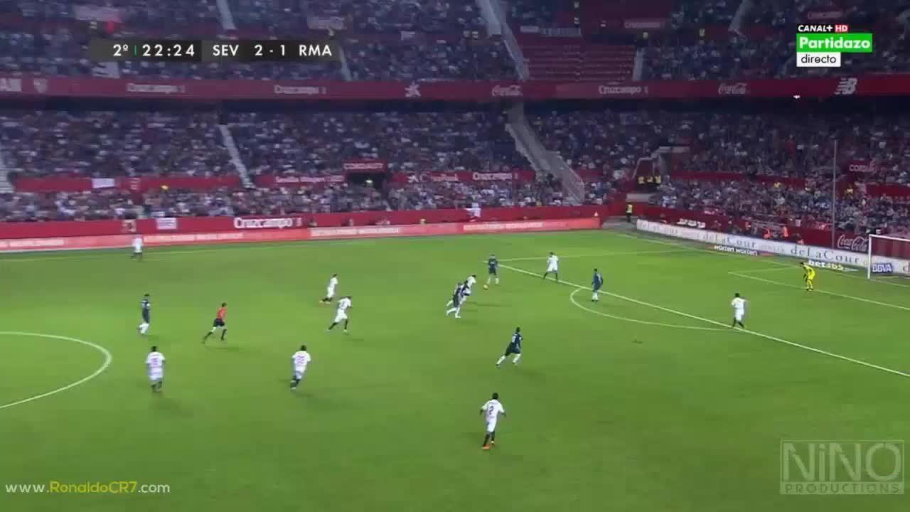 realmadrid, soccer, Cristiano Ronaldo's chance vs. Sevilla (reddit) GIFs