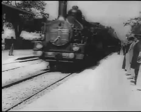Watch and share L'arrivée D'un Train À La Ciotat (1895) - Frères Lumière GIFs on Gfycat