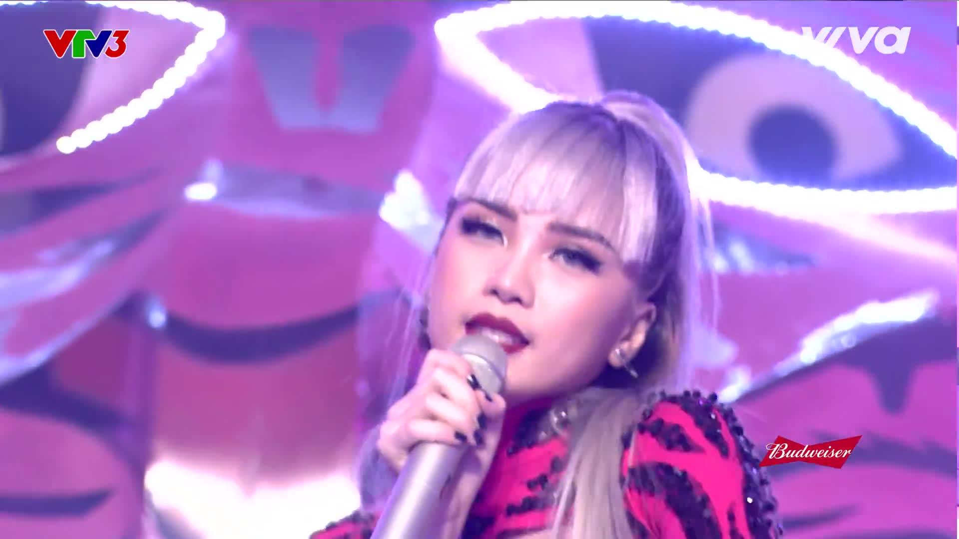 Fan sôi sục cho rằng Sơn Tùng đã phối mới hit khủng cho Thiều Bảo Trâm tại Remix New Generation