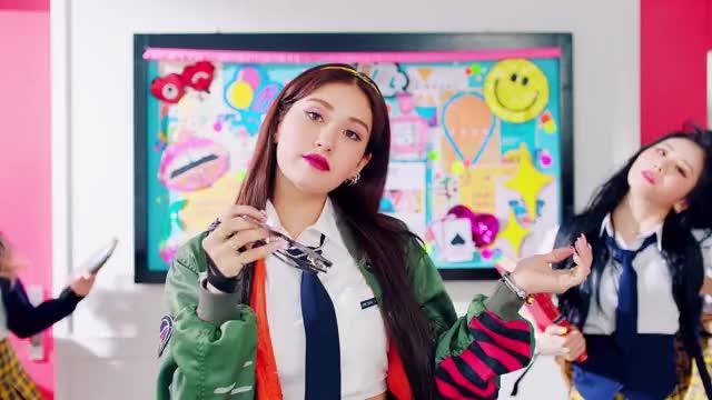 Watch this trending GIF on Gfycat. Discover more Music, birthday, dance, hip hop, jeon somi, k-pop, kpop, m/v, music video, mv, pop, r&b, somi, the black label, theblacklabel, yg, yg entertainment, 소미, 전소미 GIFs on Gfycat